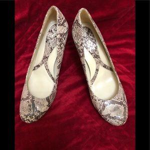 Shoes - Naturalized snake skin design heels